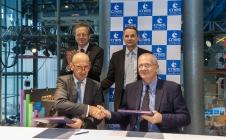 Signature CNES-DGS-SSA octobre 2016